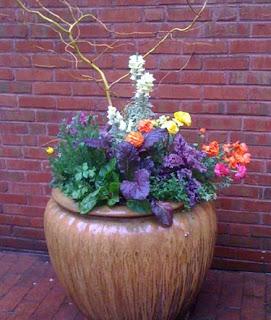 blog_urn-flowers-02