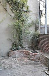 111 Elfreth's Alley, patio.