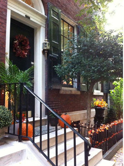 Autumn decoration on a Federal row house.