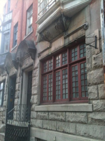 Front of a Dutch Revival row house in Philadelphia.