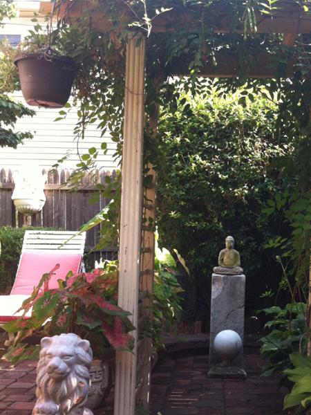 Garden - Greek Revival Row House, Philadelphia