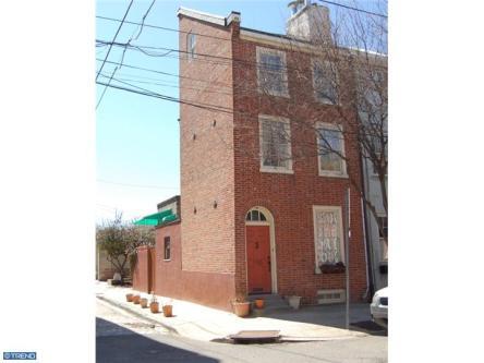 130 Queen Street: Front