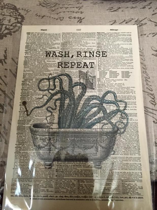Rowhouse Vintage, Manayunk, Philadelphia - Octopus in a bathtub